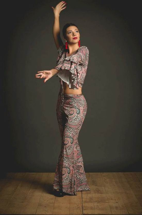 Flamenco top Becerril Model. Davedans