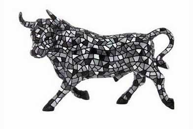 Resin Bull in Silver. Barcino 36cm