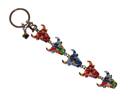 Multicolor and mosaic key ring with 5 bull's heads