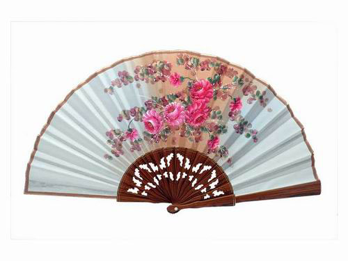 Beige palo santo wood fan. D11. 50X27cm