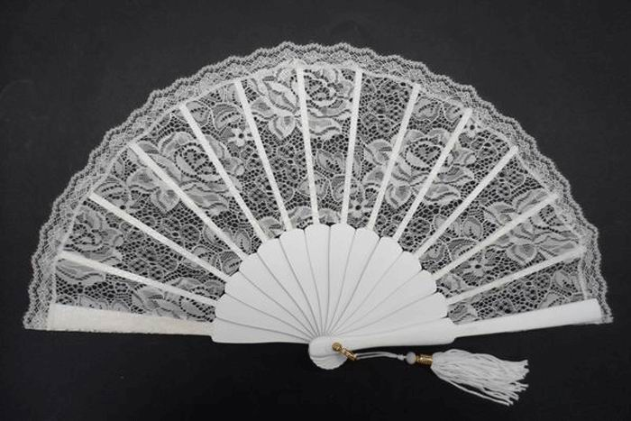 Ivory Small Fan for Bride. Ref. 1307
