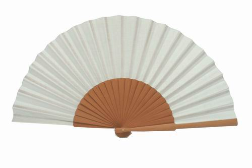 Fan to paint in polished pear wood. 42cm x 23cm