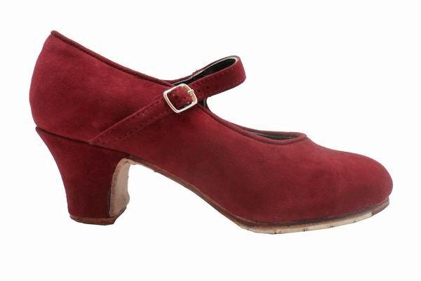 Chaussures de Flamenco semi-professionnelles modèle Mercedes en Daim Rouge Bordeaux. FlamencoExport